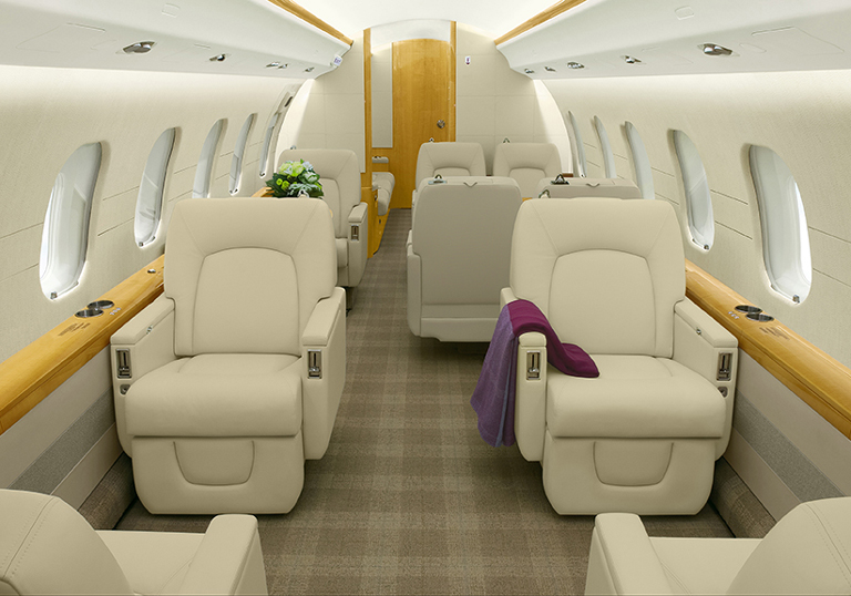 /media/stephanie-usp/aircraft-photos/global-express-xrs/interior_1.jpg
